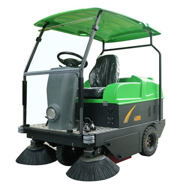 駕駛式掃地車DQS14A