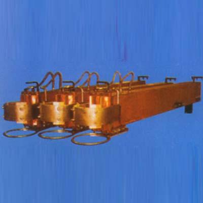 水冷复合导电横臂系列