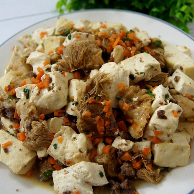 猴头菇煮豆腐