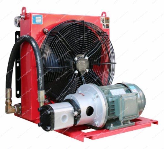 江苏贺力克生产直销批发DXDL-B系列独立循环型风冷却器 适用于各类大型液压设备的润滑设备独立循环散热冷却 本系列产品采用循环电机泵组和冷却风扇分别控制,并可形成安全独立的循环冷却回路,避免了液压系统回油压力冲击 18年生产技术,15个月质保期,耐压35bar耐用,效率高 提供具体解决方案,精心配套的冷却器厂家,效率高 热线电话:13861859922