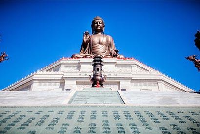 世界最高释迦牟尼像——金鼎大佛