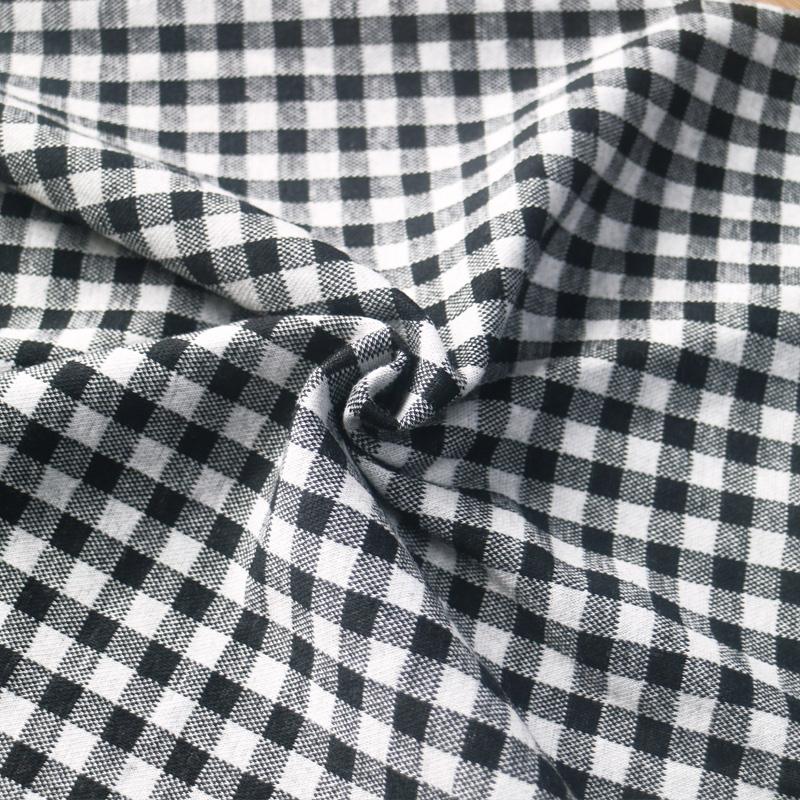 厂家直销 30支涤棉罗马布 春衬衫针织格子面料女装裤装罗马布