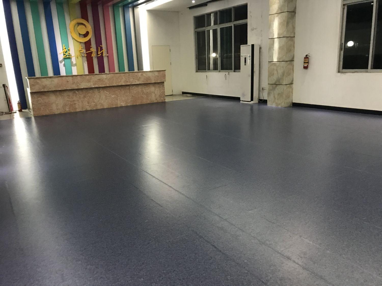 8-17广州起点音乐高考培训室 PVC胶地板施工安装案例