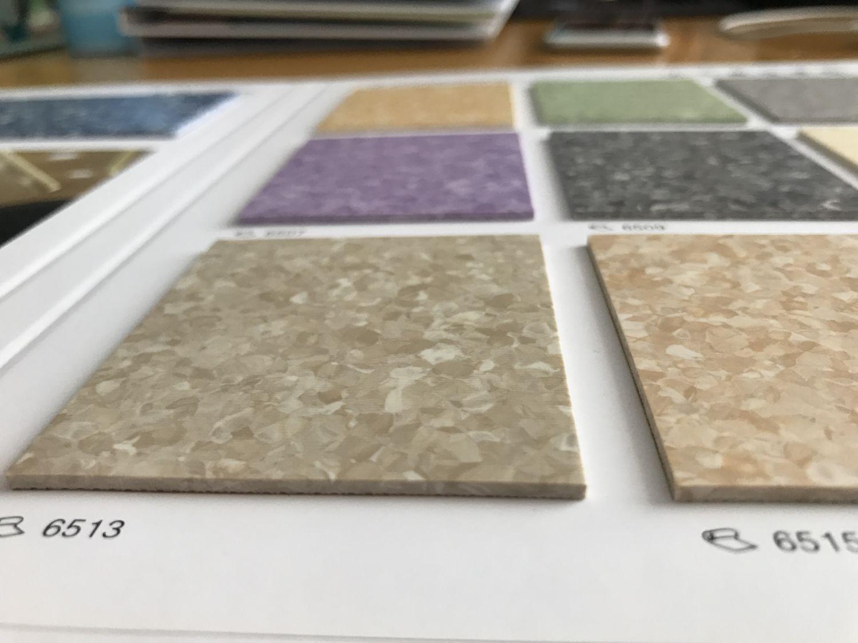 同质透心PVC胶地板