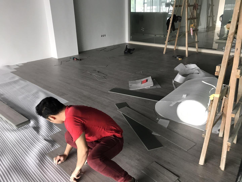 11-25黄浦区七喜工业园办公室 锁扣地板安装案例