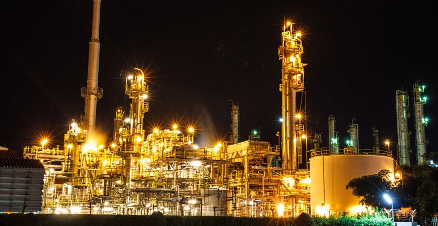 精炼和石油化工行业
