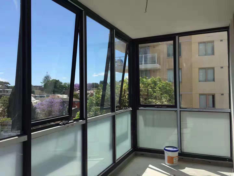 澳标铝合金门窗-鸿泰HT102 铝合金上悬窗 澳式手摇上悬窗