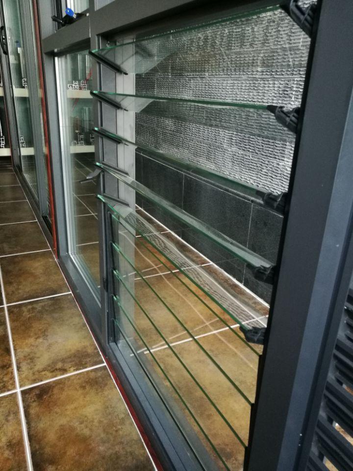 铝合金玻璃百叶