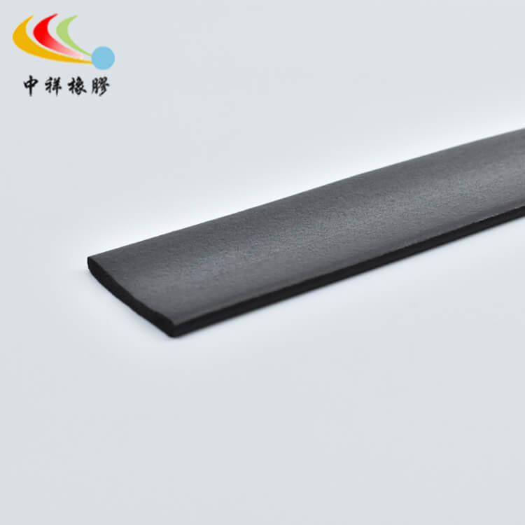 三元乙丙橡膠條生產工藝