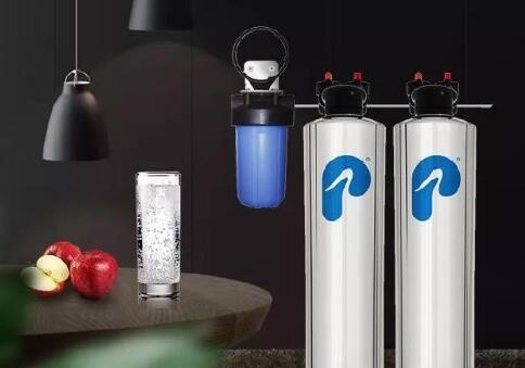 水中的微塑料:我们应该关注吗?全屋净水为你出招