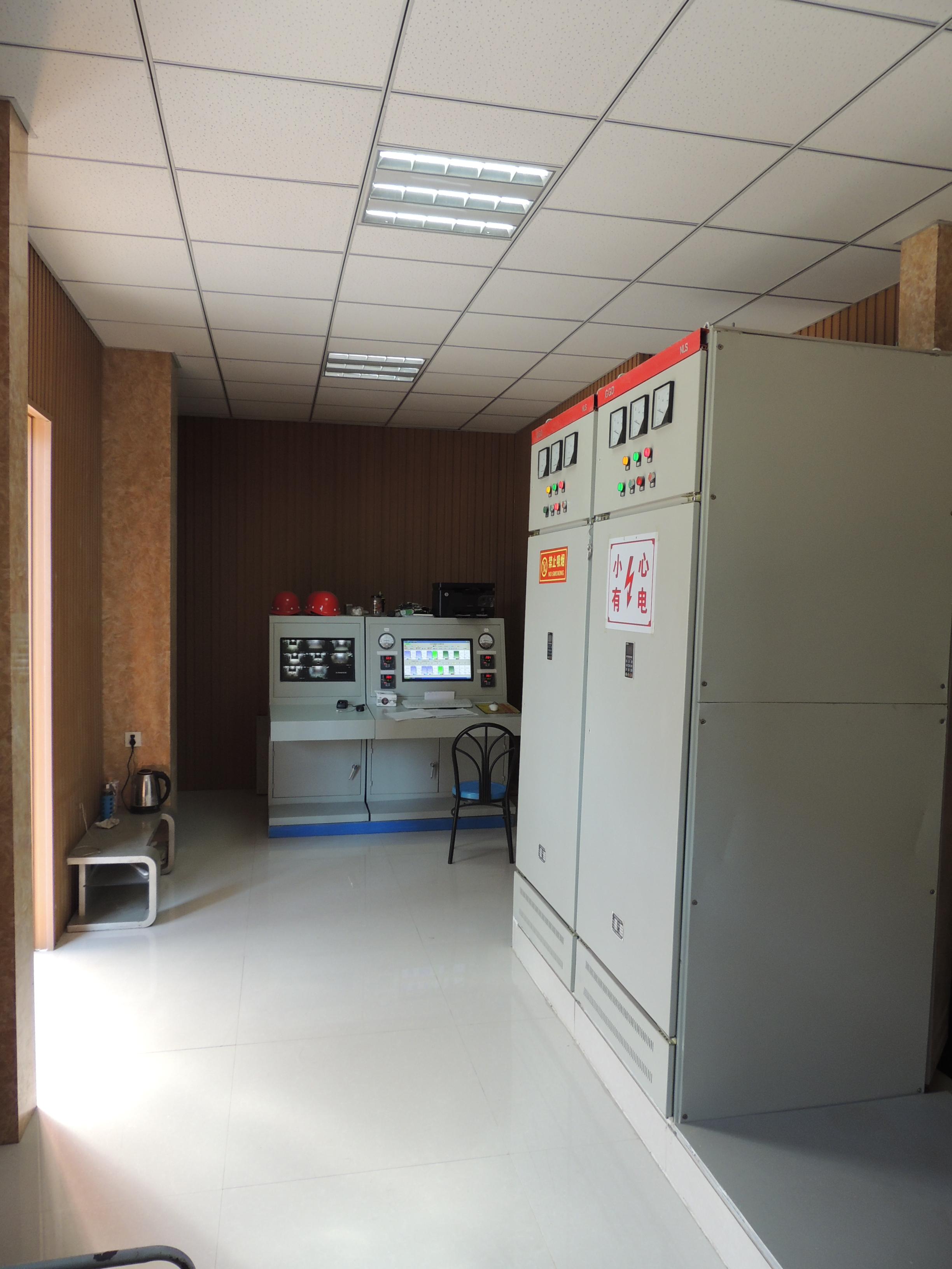 烘干仓控制室