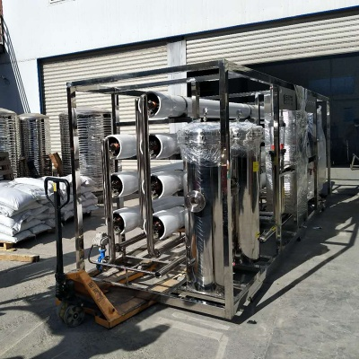 大型桶裝水生產設備