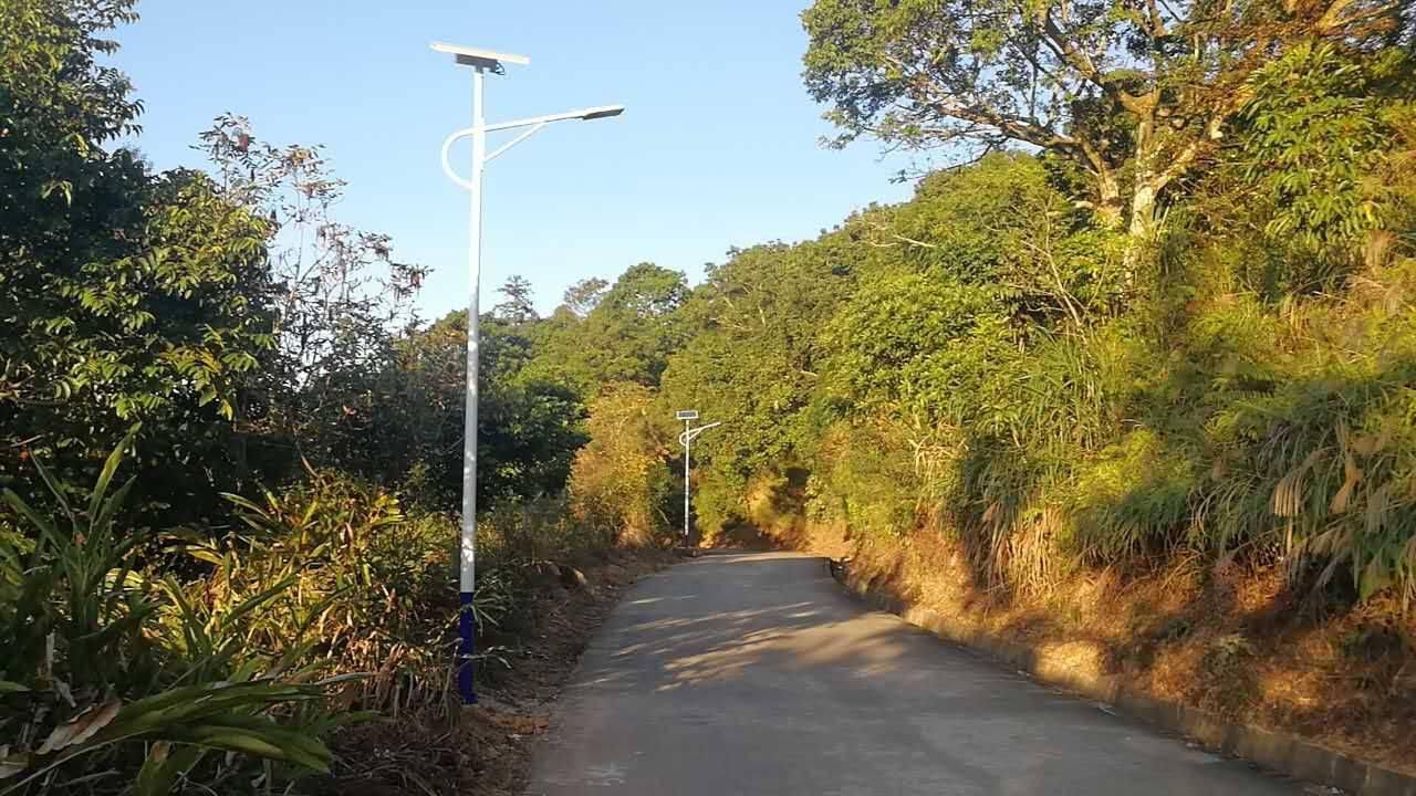 梅州市丰顺县太阳能路灯项目
