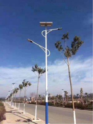 貴州安順太陽能路燈項目