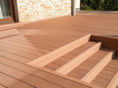 解读塑木地板的辅件有哪些
