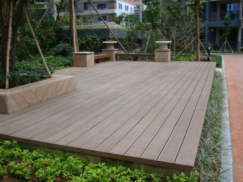 什么是塑木地板?塑木地板有何...