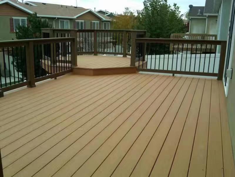 塑木地板是一种塑木地板利国利...