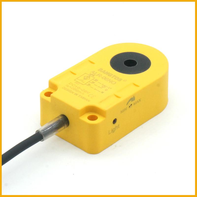 6毫米圆孔电感式环形接近开关