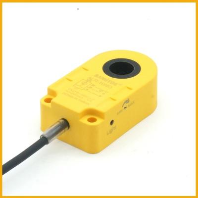 10毫米圆孔电感式环形接近开关传感器