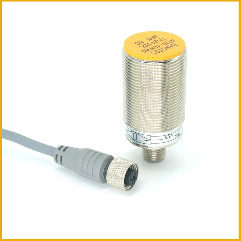 M30埋入式接插件电感式接近开关传感器