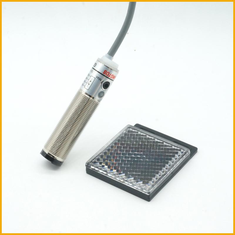 M18镜片反射检测2米光电开关传感器