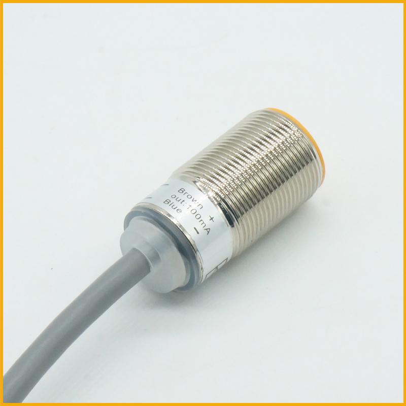 M18超短管电感式接近开关传感器