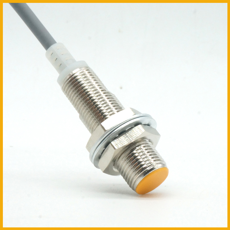 M12双极检测磁铁霍尔接近开关传感器