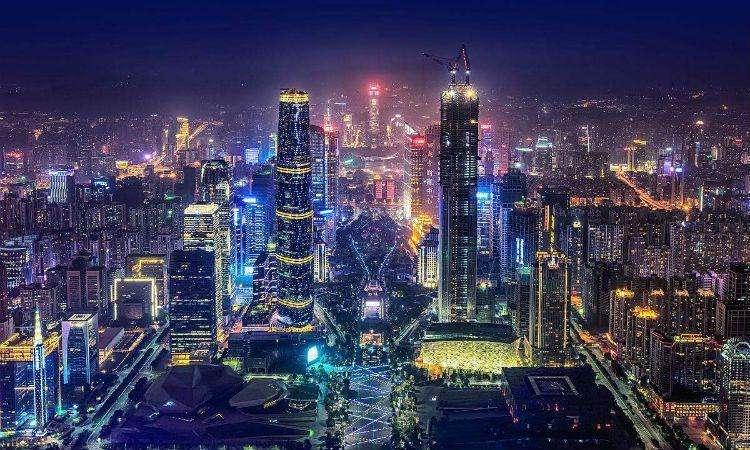 现代城市的繁荣和灯火通明离不开线缆的支持