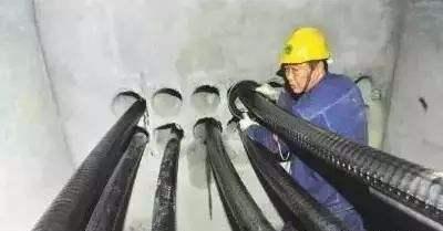 采用电缆排管敷设时需要注意什...
