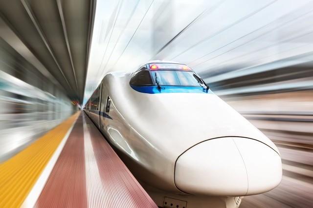 中国高铁从模仿到超越,驱动高...