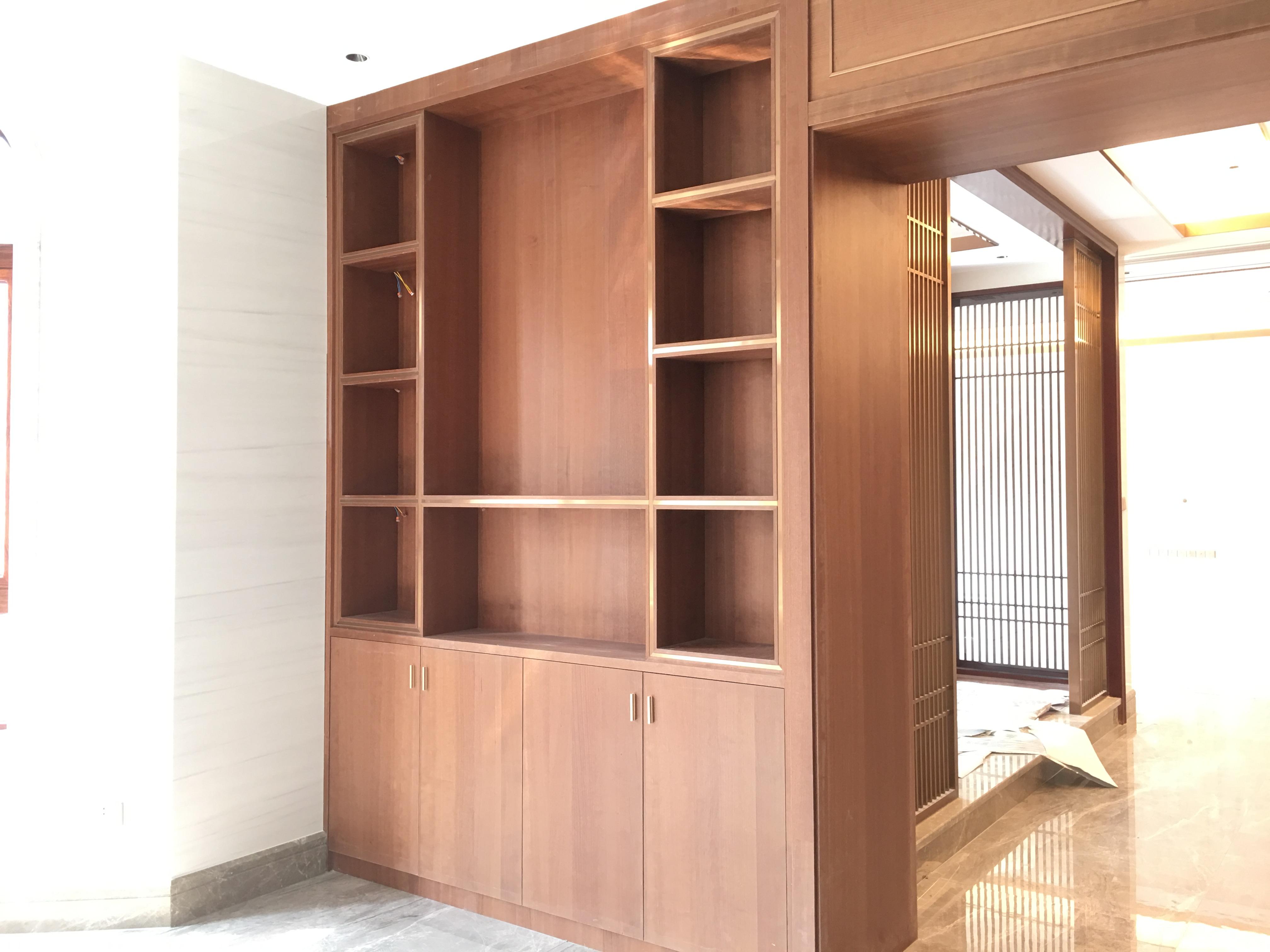 新房装修,柜子是找装修公司现场制作还是定制?-标典装饰
