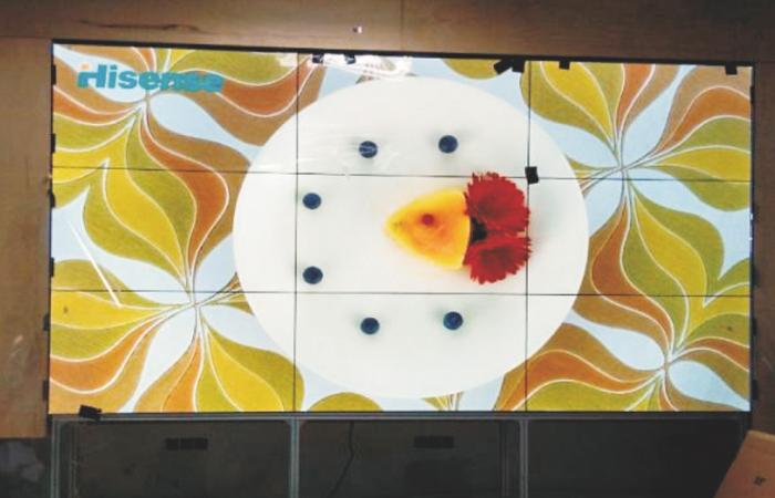 深圳某大学 55寸3x3高液晶拼接屏