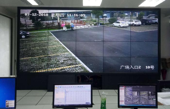 福建某景区 46寸5x4高清液晶拼接屏