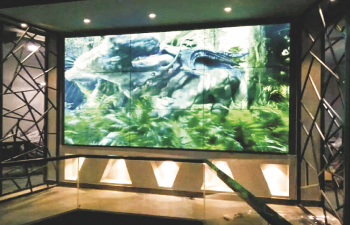 南京某展览馆 55寸3x3高清液晶拼接屏