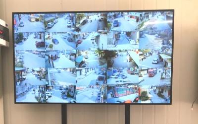 广东某乡镇治安室 16分割高清液晶屏