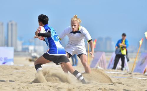 厦门首办全国沙滩橄榄球冠军赛,集...