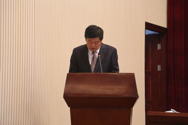 党组书记张自锋代表四届四次常委会作工作报告