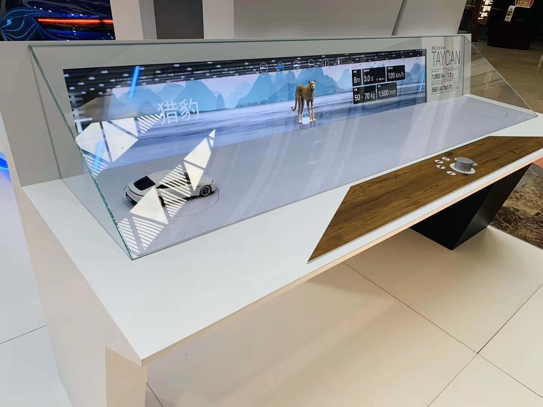 75.5寸條屏整機-保時捷車展