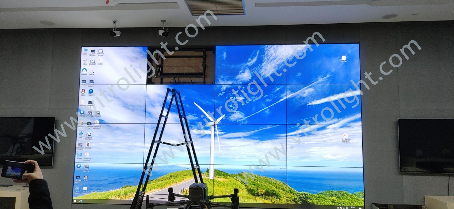 華東無人機基地55寸超窄邊拼接