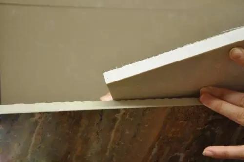 选购瓷砖时,瓷砖厚点好,还是薄点好?