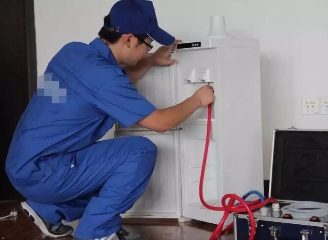 饮水机怎么清洗—清洗饮水机的...