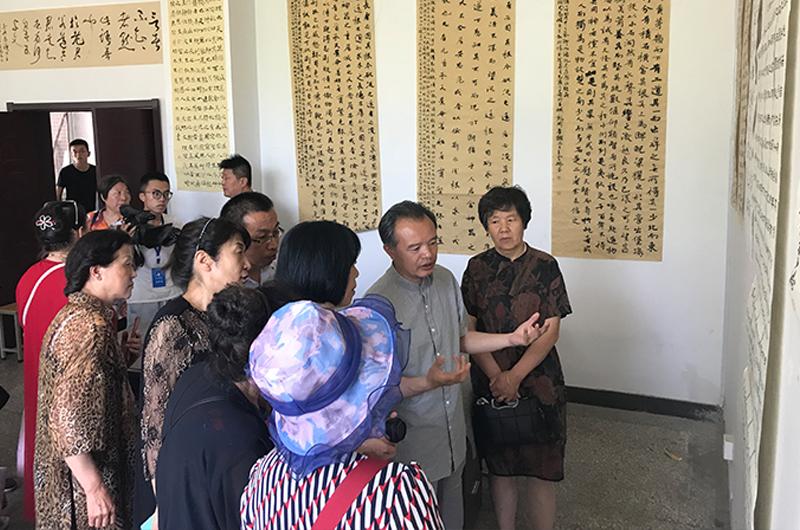 熊晋参加省书协扶贫活动并主讲公益讲座