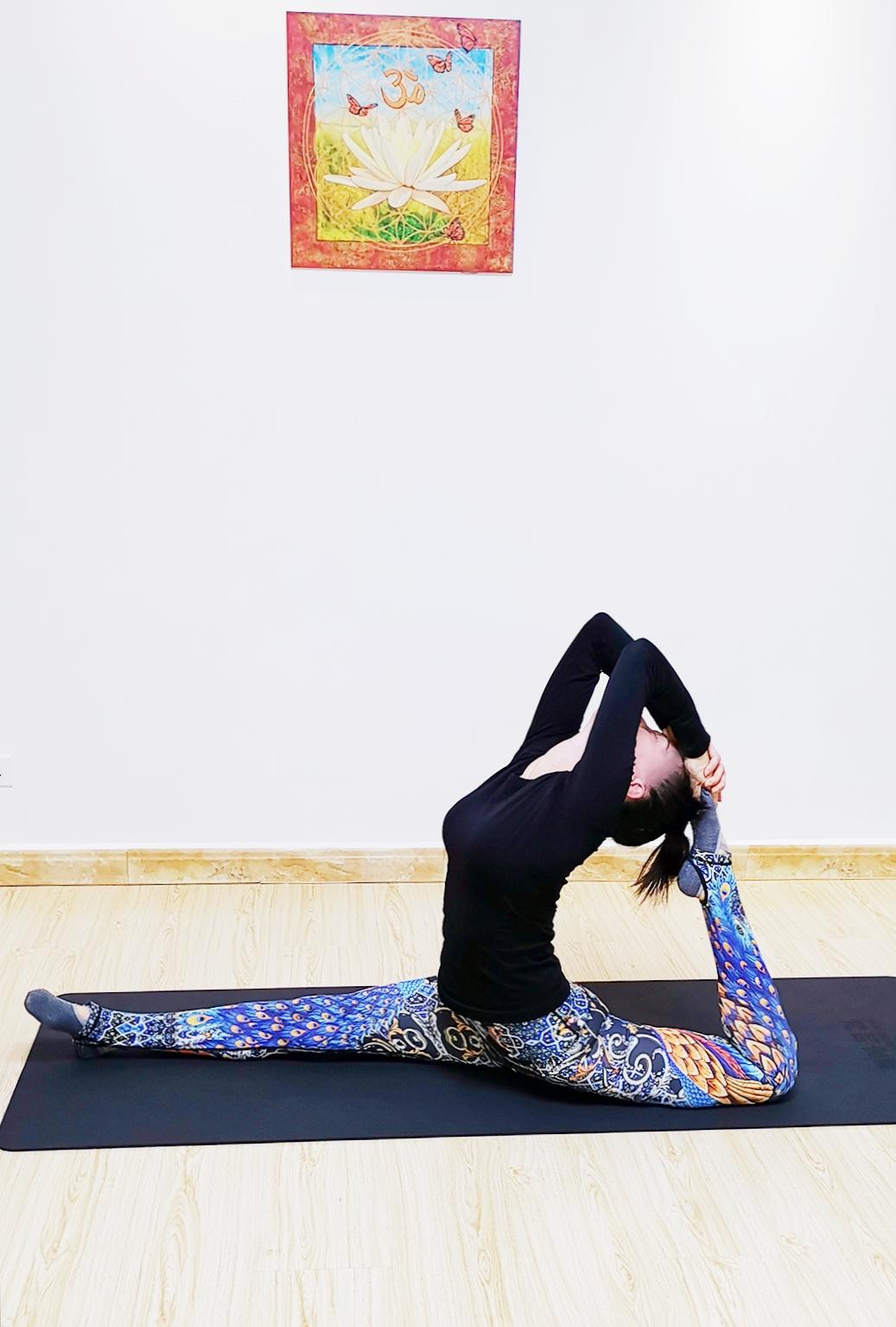Julia老师瑜伽基础体式图...