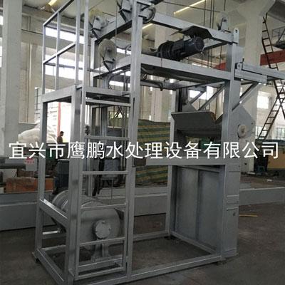 三索式钢丝绳牵引式机械格栅