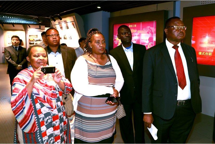 赞比亚工会大会代表团到访中国有色...