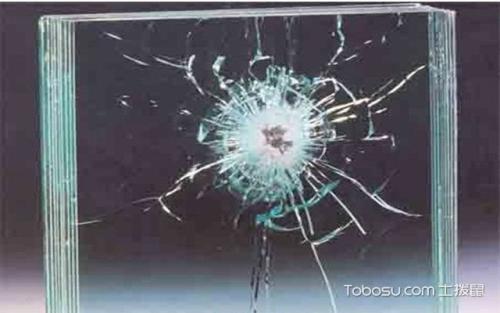 防弹玻璃真的可以挡得住所有子...