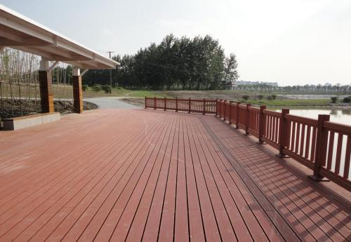 塑木地板跟木质地板的区别