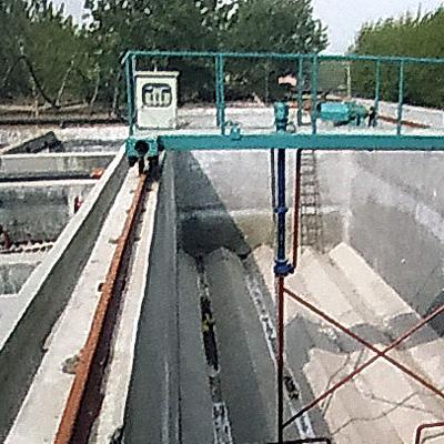 行车式泵吸泥机