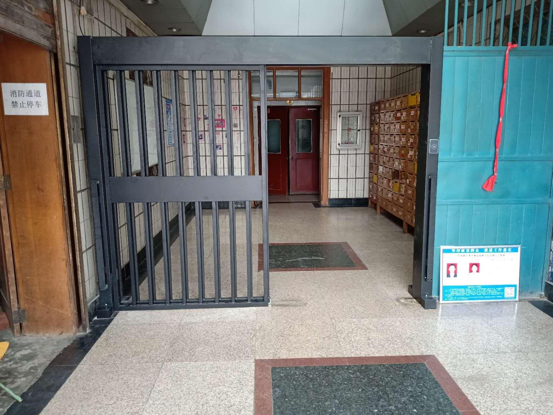 郑州花园路银行社区家属院平移门...