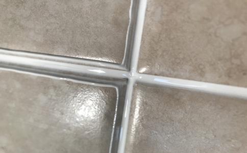 灰色地磚搭配白色美縫劑效果圖